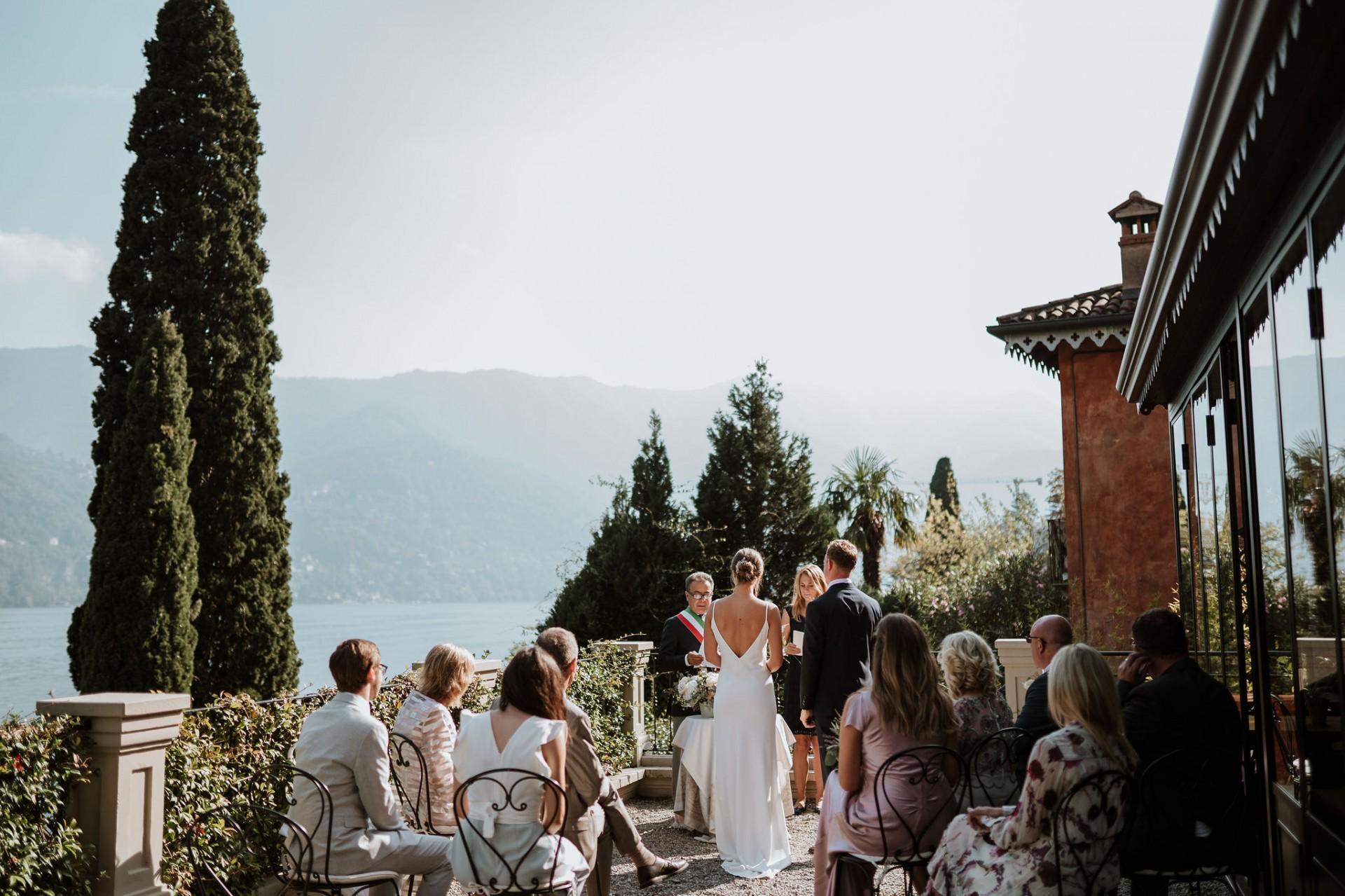 ceremony terrace relais villa vittoria