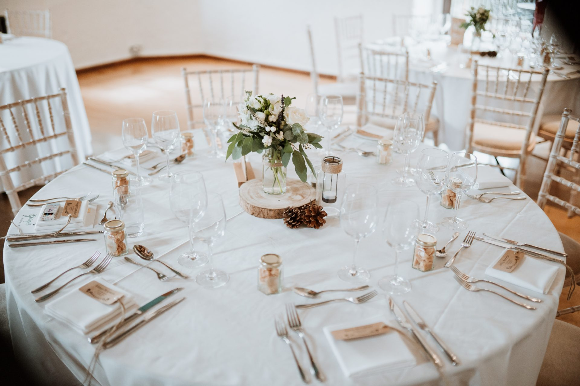 simple rustic wedding table decorations priston mill