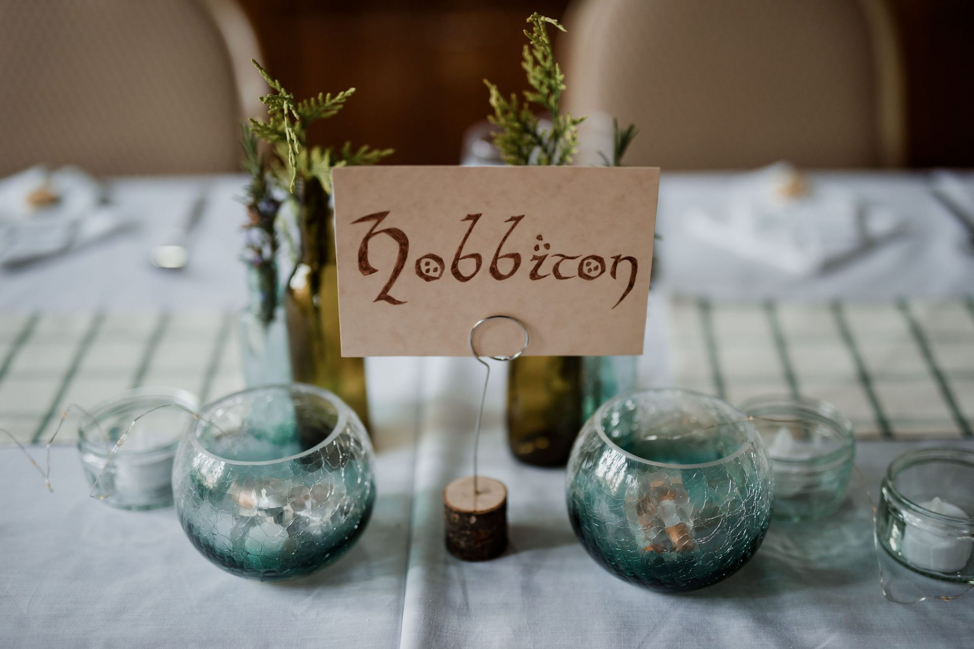 hobbiton lord of the rings wedding table decorations