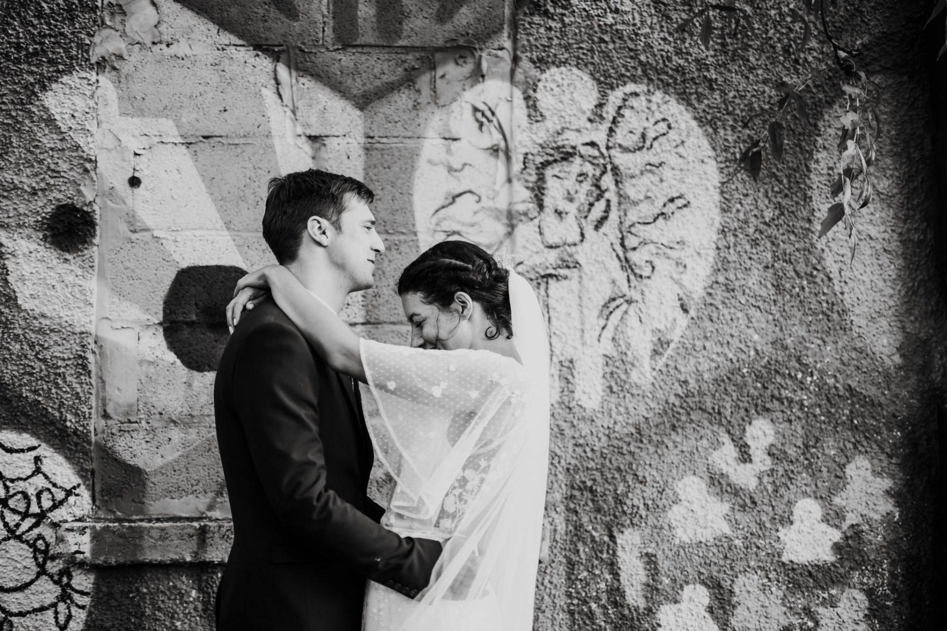 graffiti wedding portraits