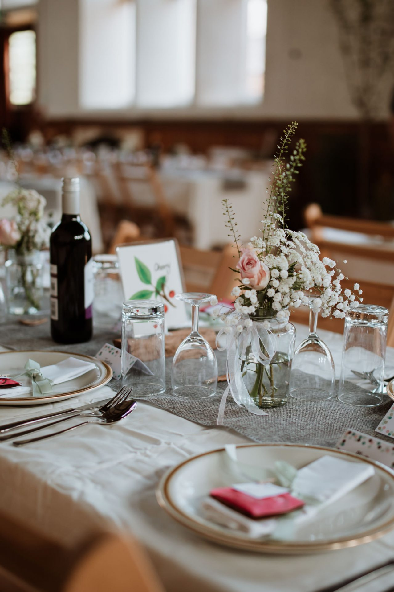 wedding breakfast eco friendly table decorations