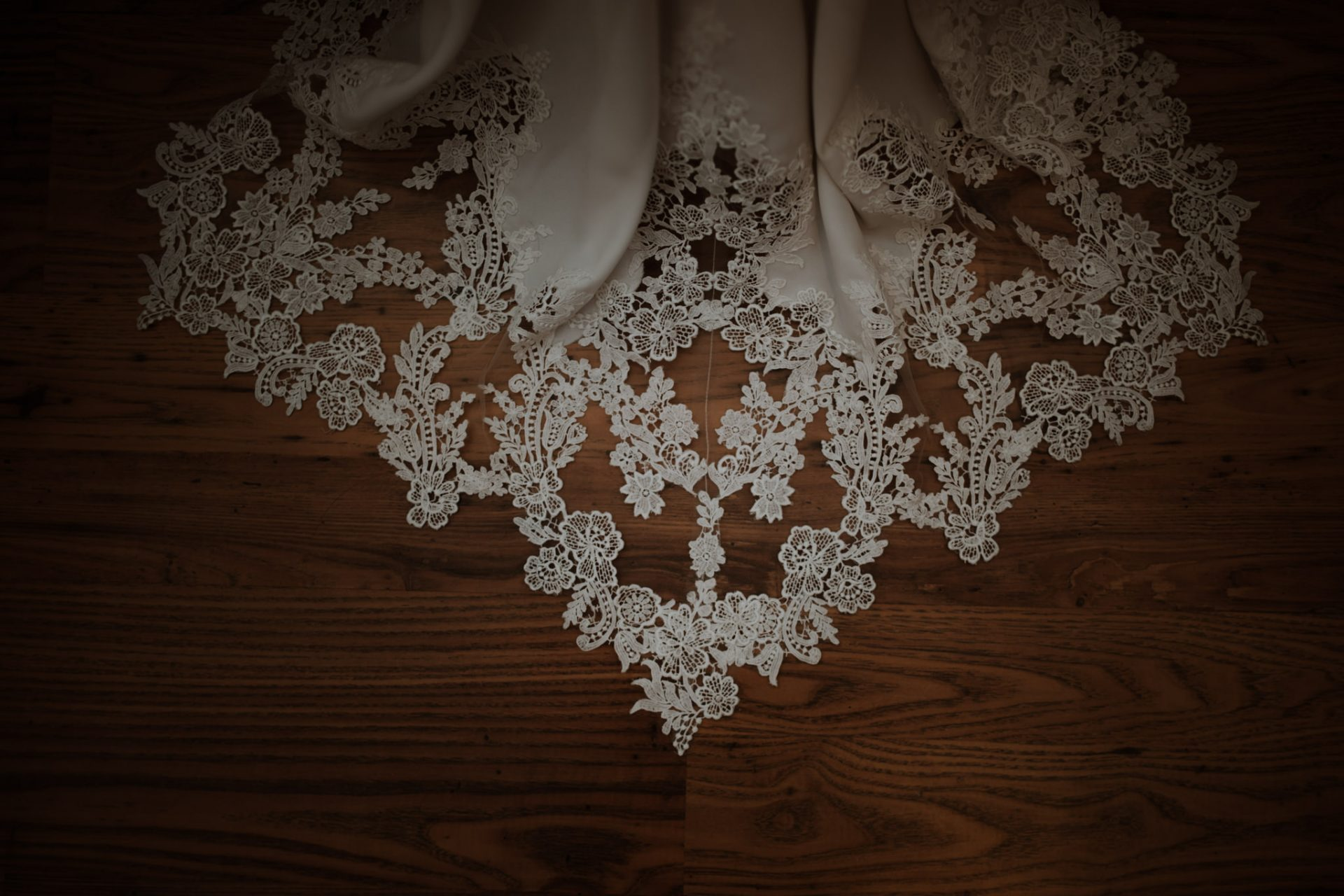 lace detail bottom of wedding dress